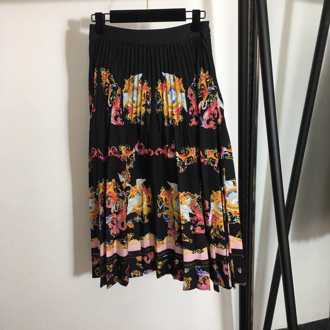 Versace名族风复古印花短款西装