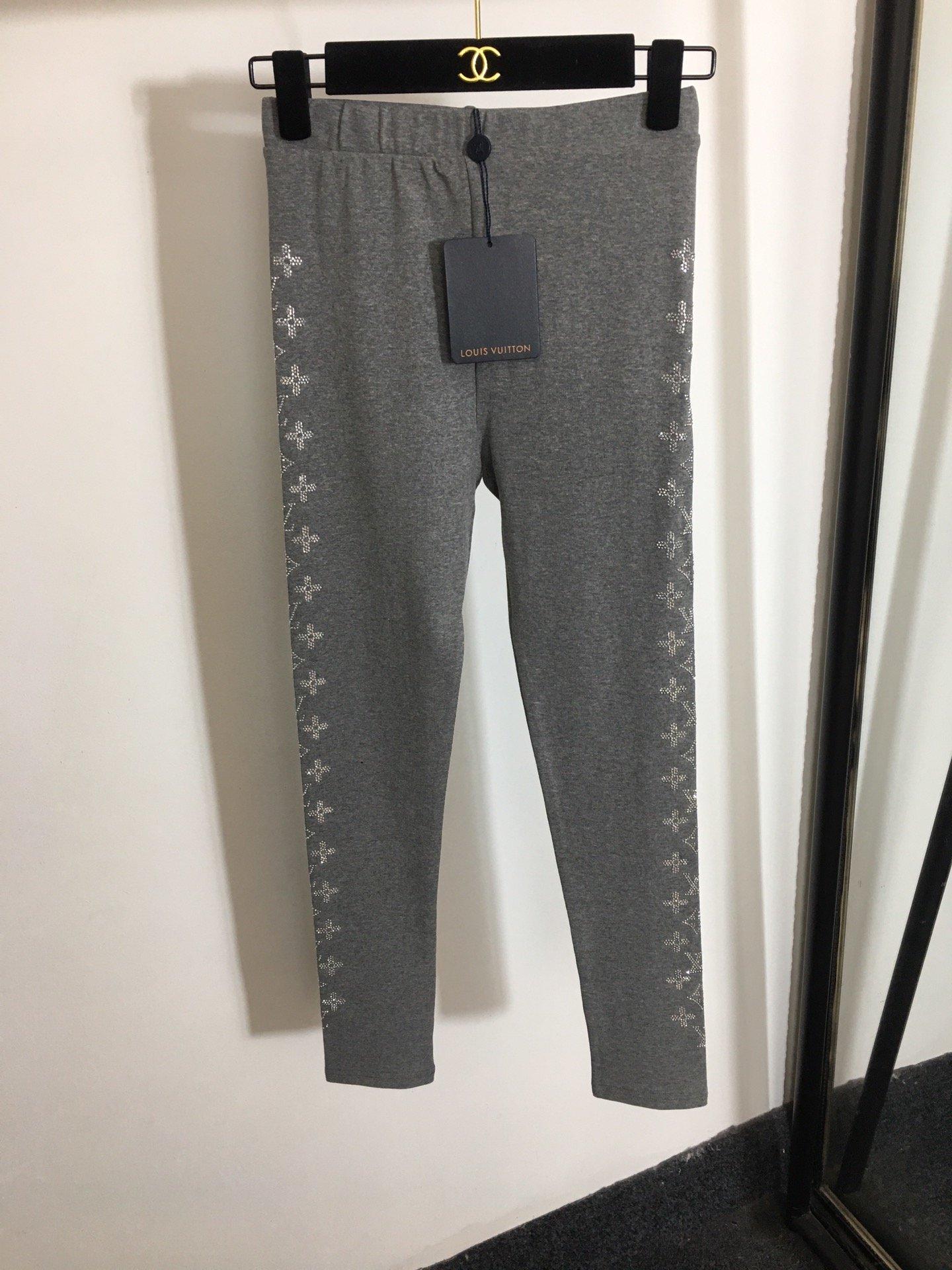 LV新款字母烫钻花朵弹力修身打底裤小