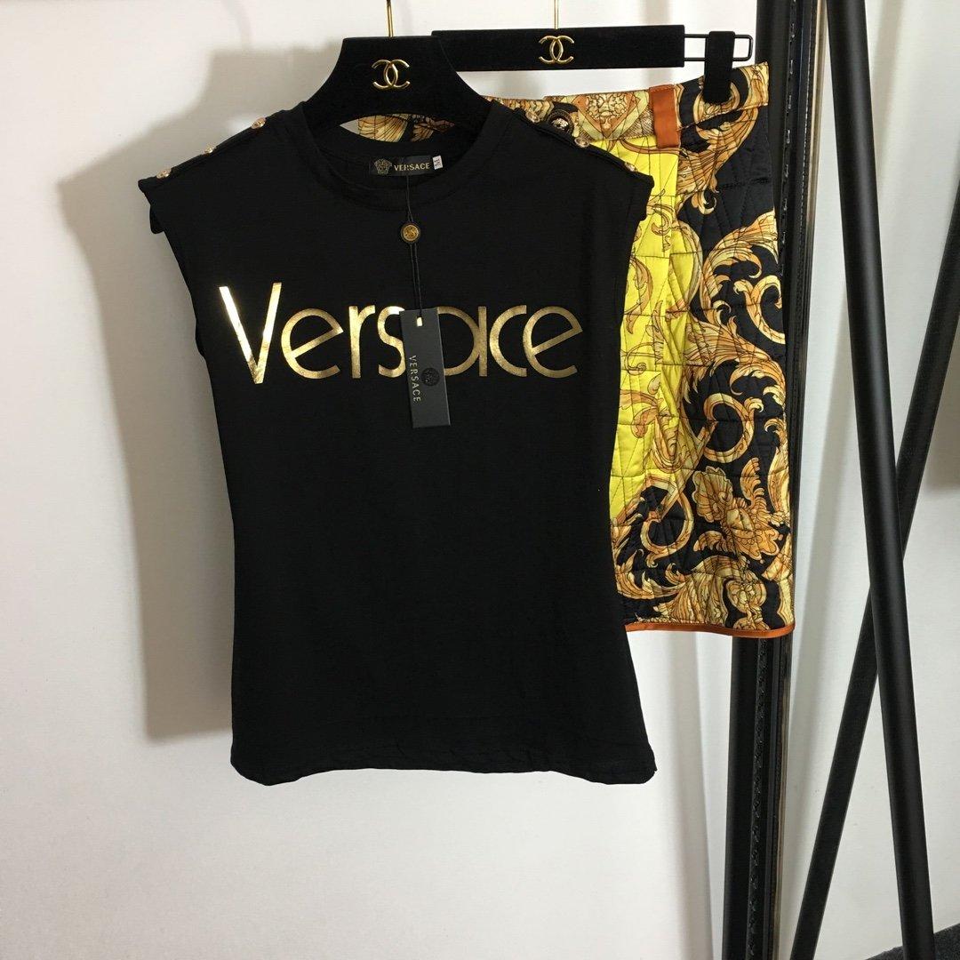 Versace新款烫金字母印花金属肩