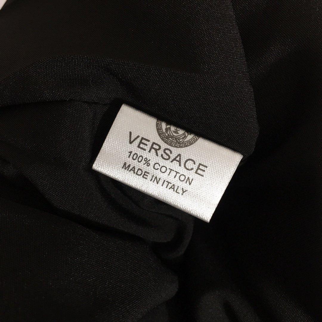 Versace新款时尚复古印花金属吊