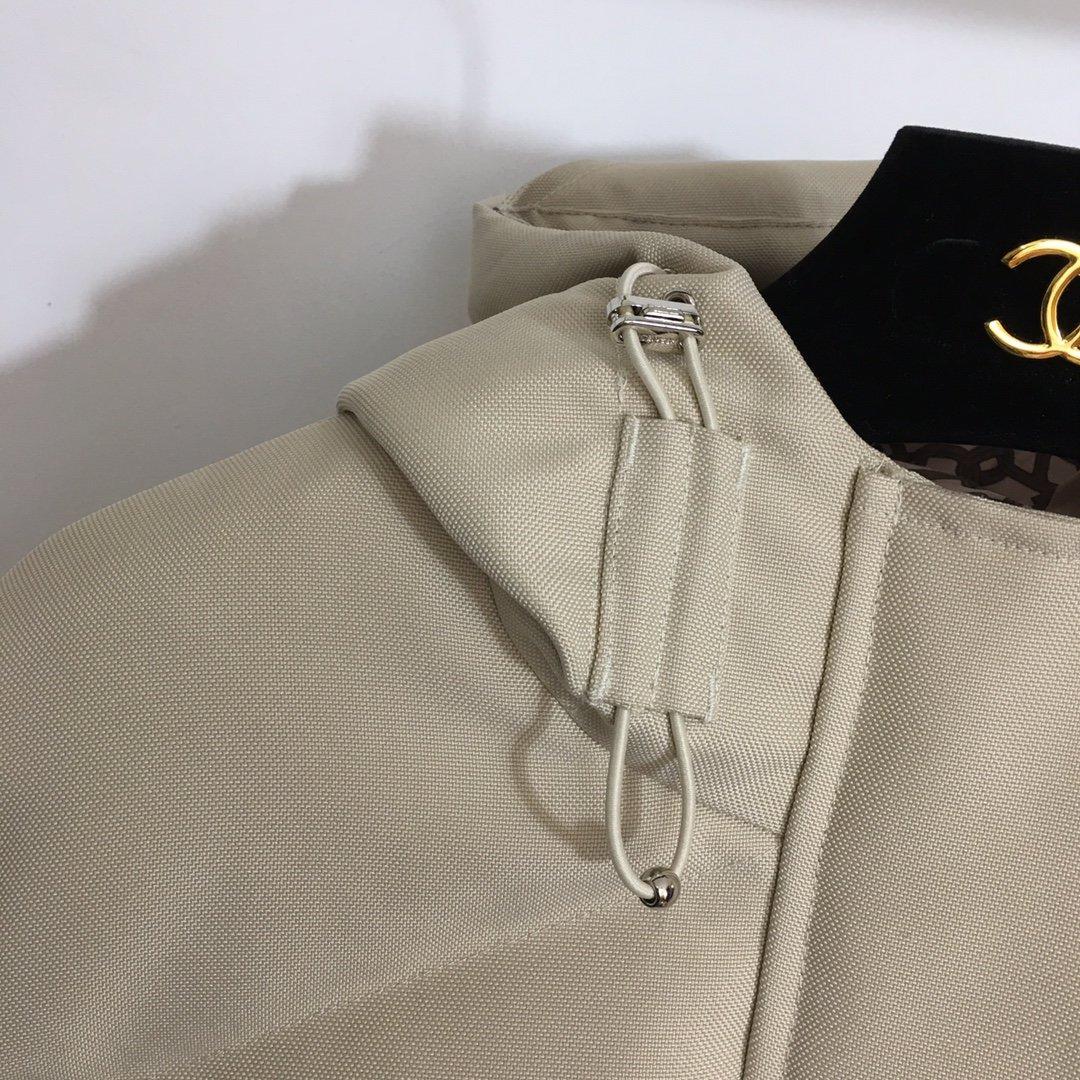 Hermes新款简约大气抽绳收腰长袖