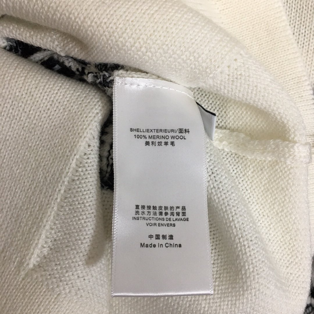 Chanel新款小香风logo提花羊