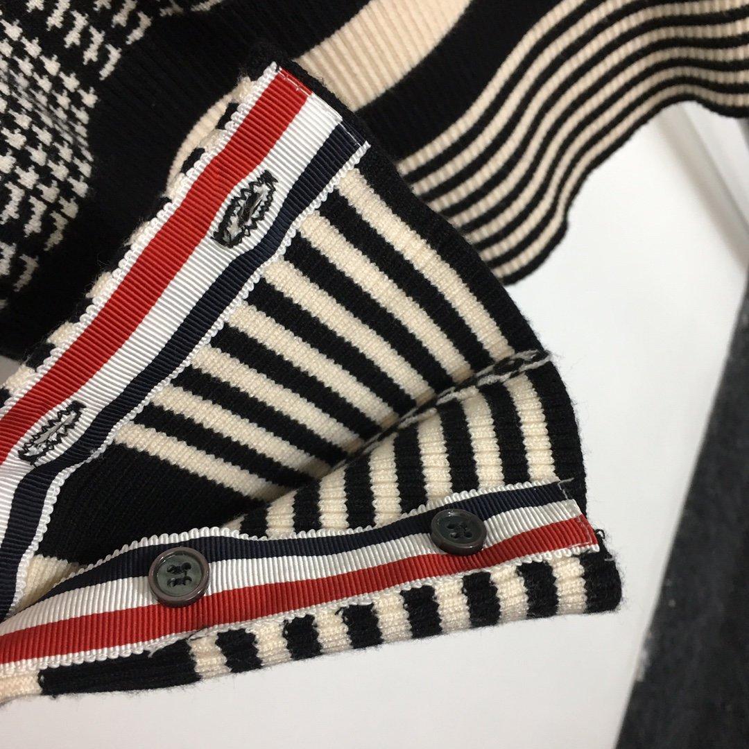 ThomBrowne新款千鸟格高领套