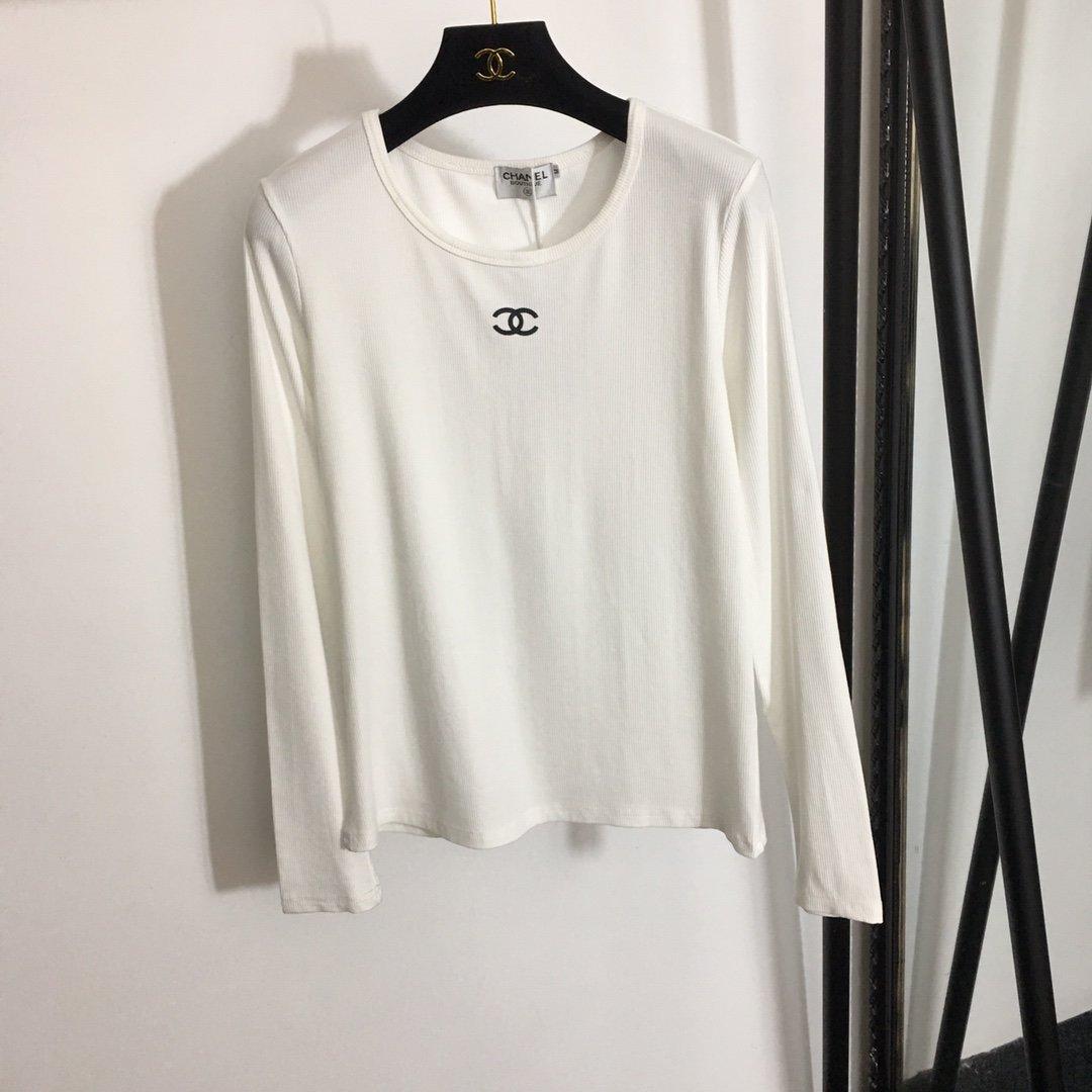 Chanel新款小香logo印花圆领