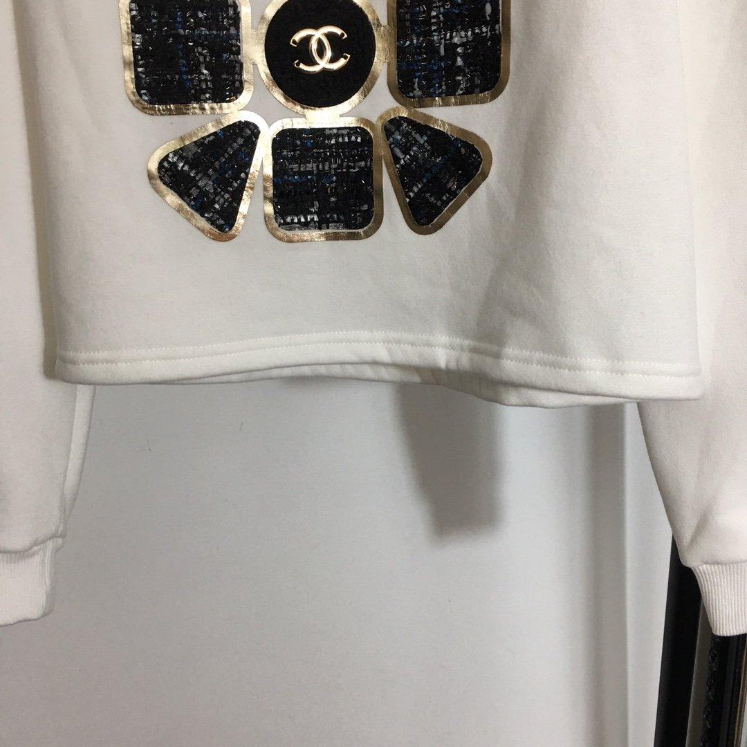 Chanel新款小香风粗花呢贴布刺绣