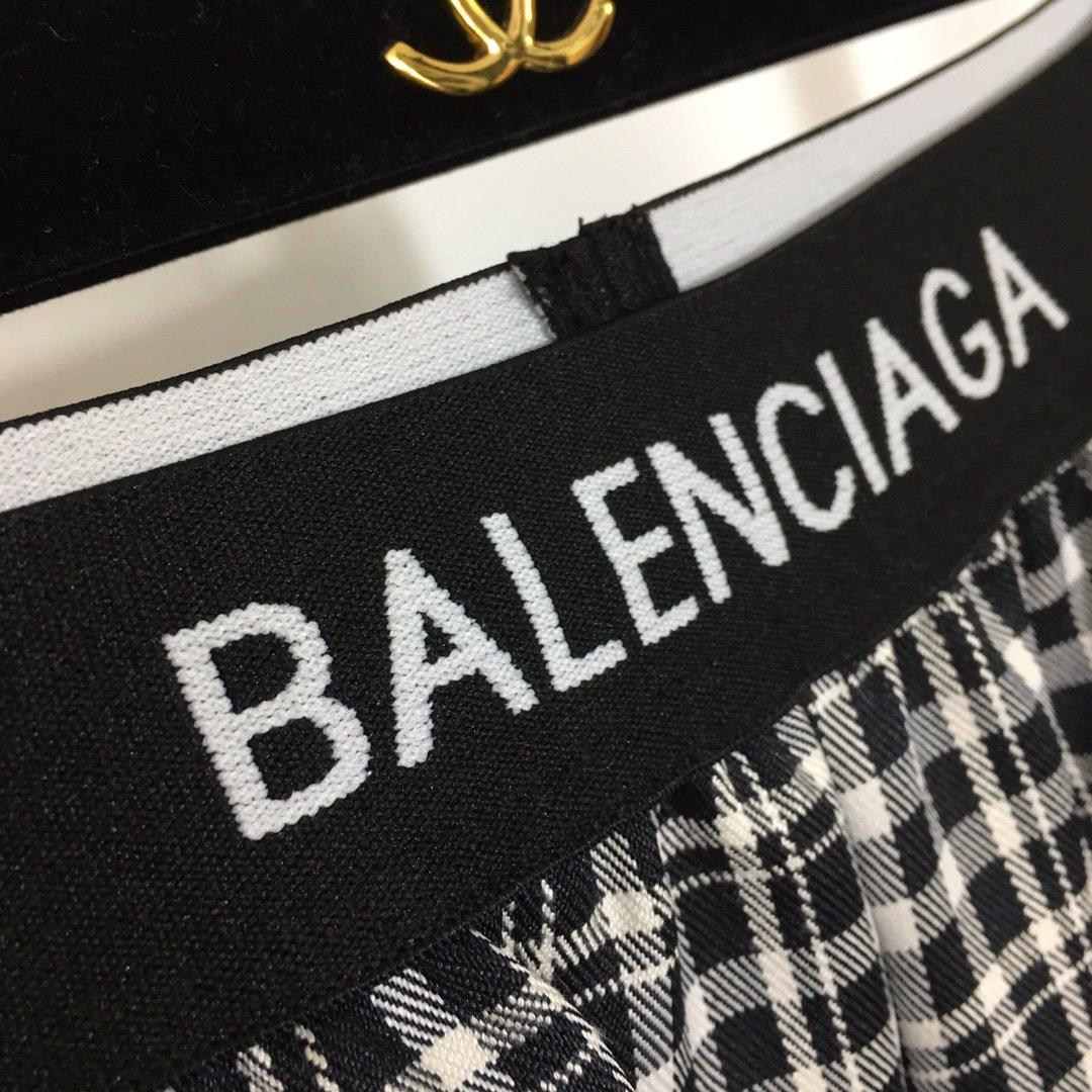 Balenciaga新款字母织带松紧