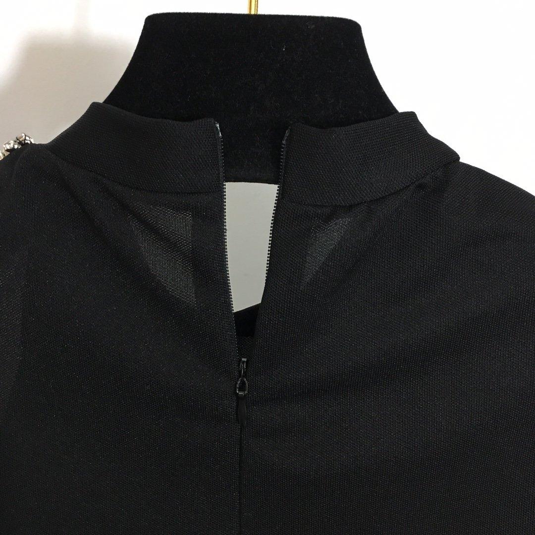 Area20年新款重工镶钻漏肩长袖连
