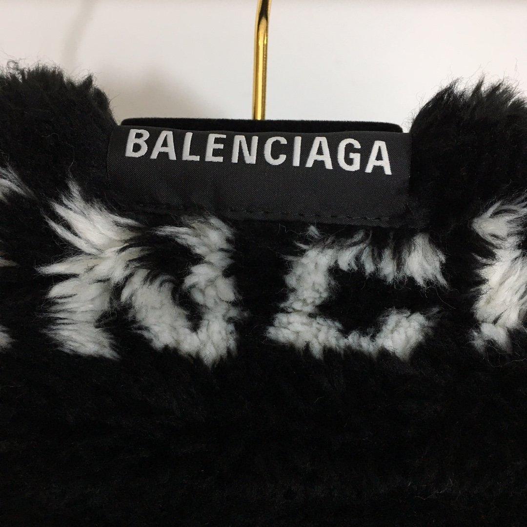 双面穿Balenciaga新款满身l