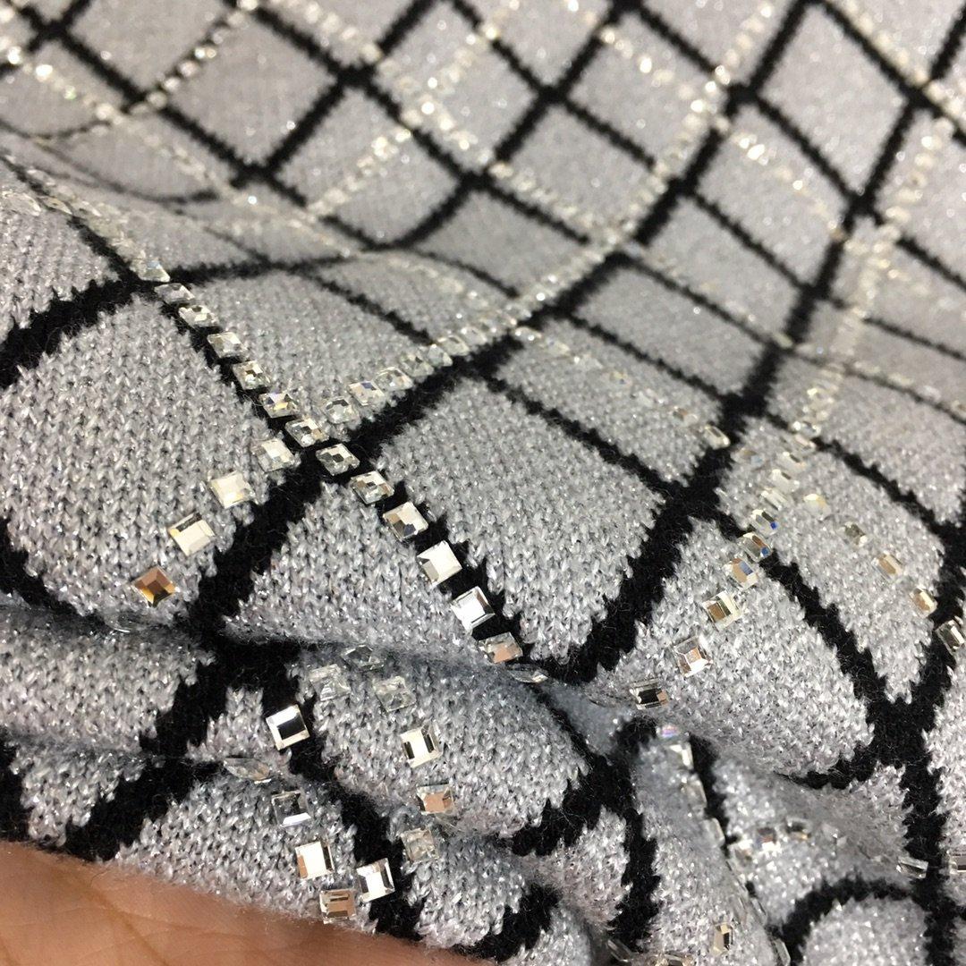 Chanel新款小香风闪耀烫钻菱格纹