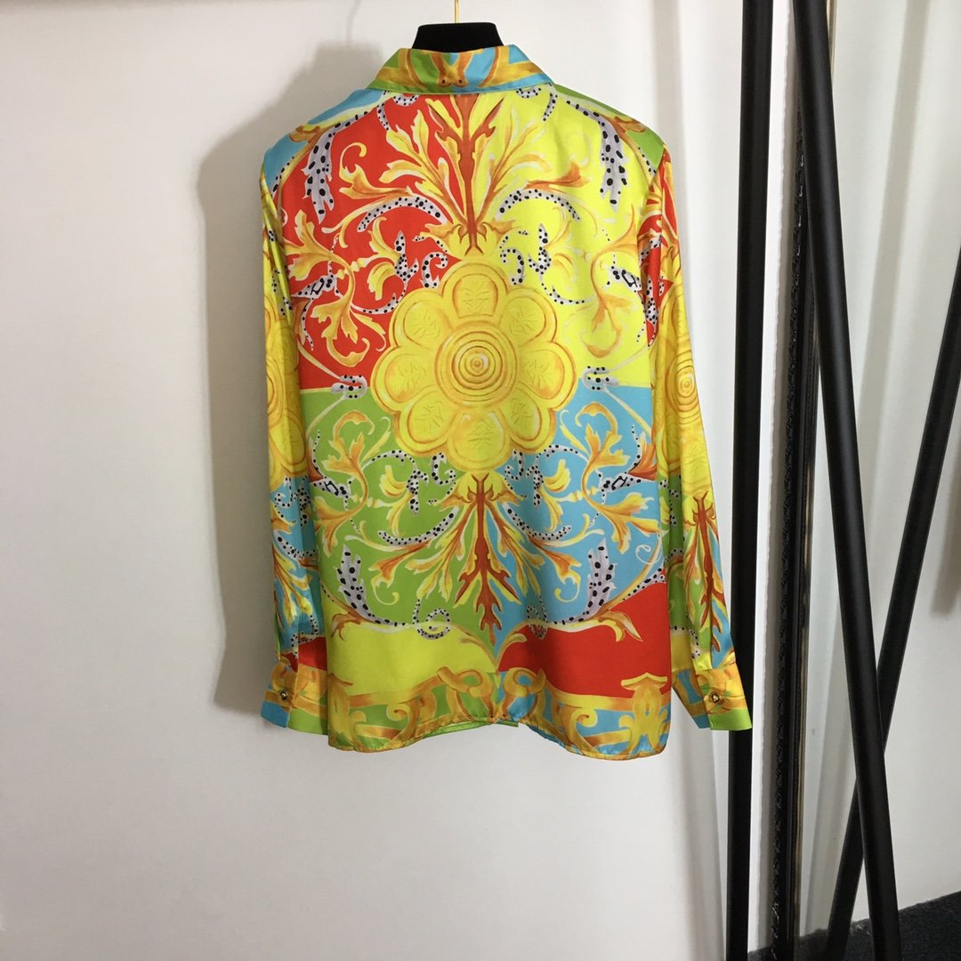 Versace新款复古印花翻领长袖衬