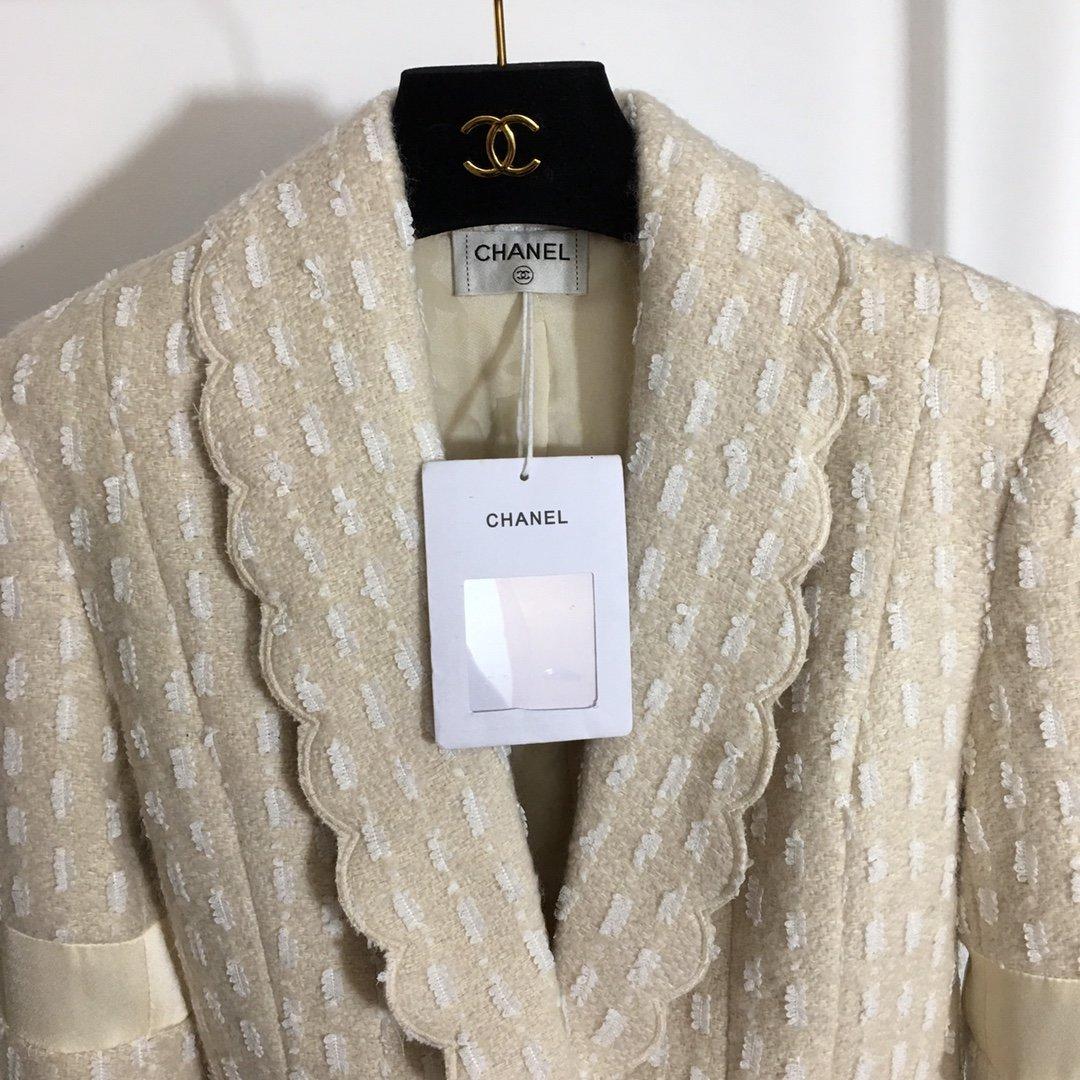 Chanel新款小香风波浪边翻领长袖
