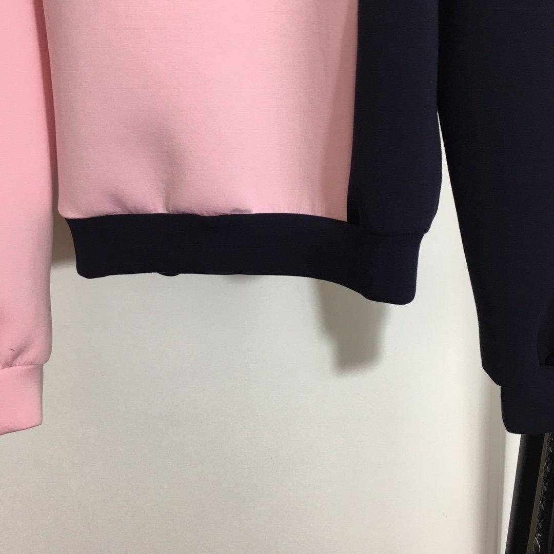 Fendi新款钉钻花朵时尚拼色长袖套