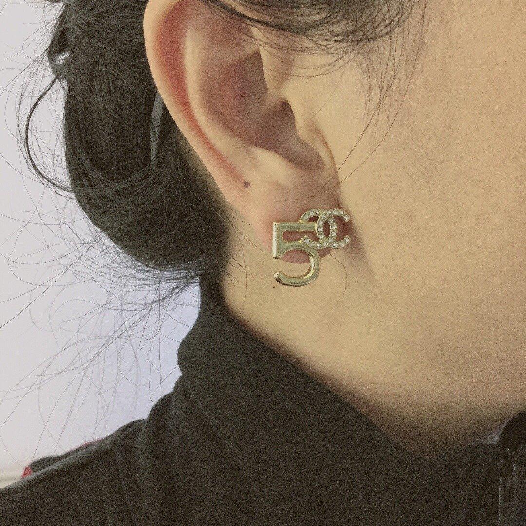 小香新款双C5字耳钉不对称耳环原版定