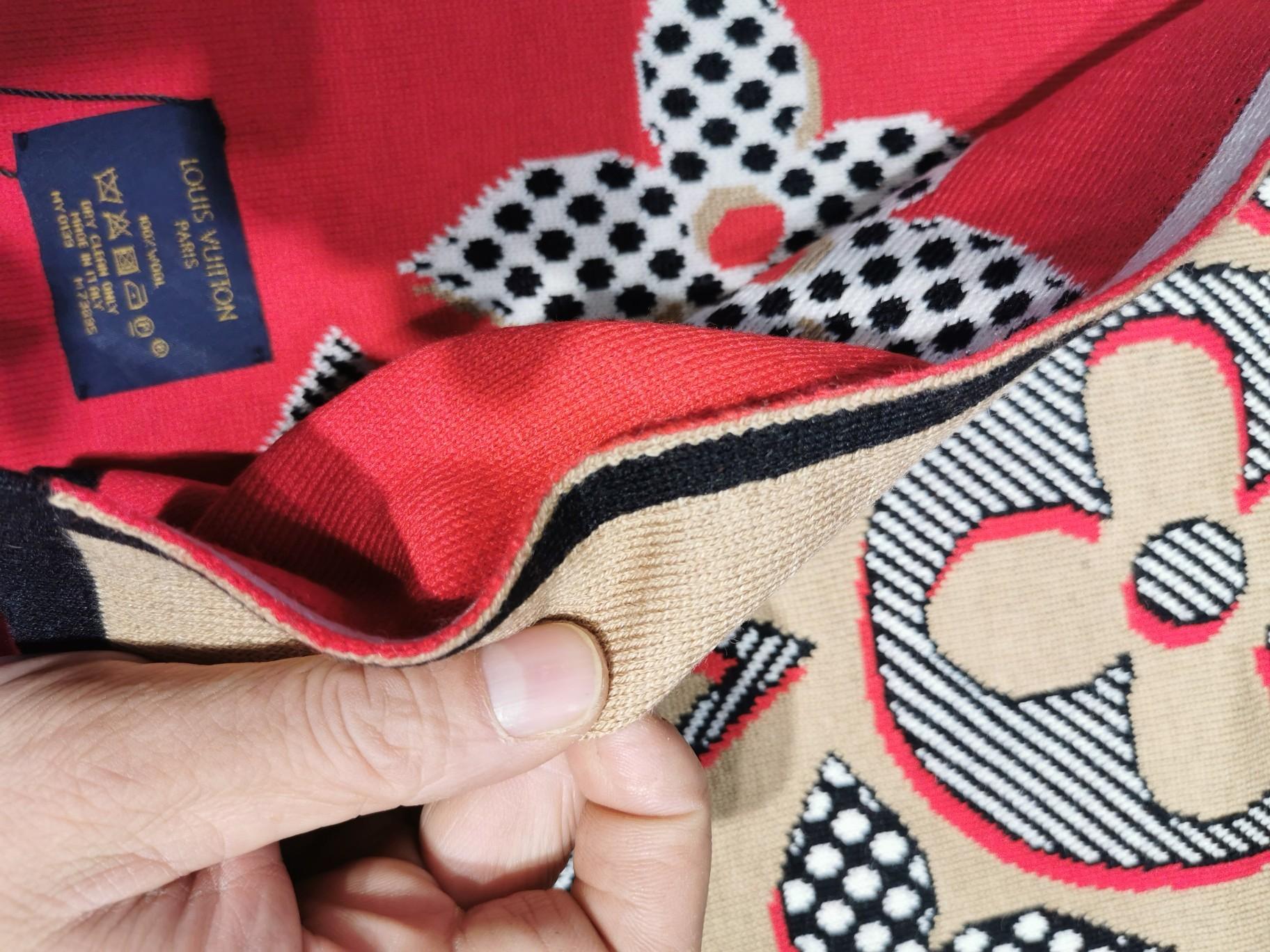 L家最新专柜官网同步在售双层羊绒提花