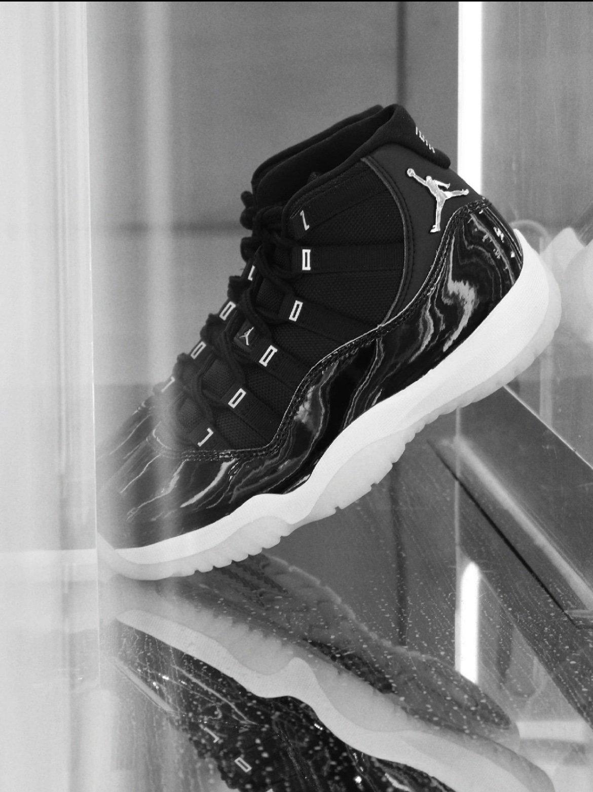 "Air Jordan 11 YY ""Silver Eyelets"" aj11 25周年 大魔王黑银大魔王"