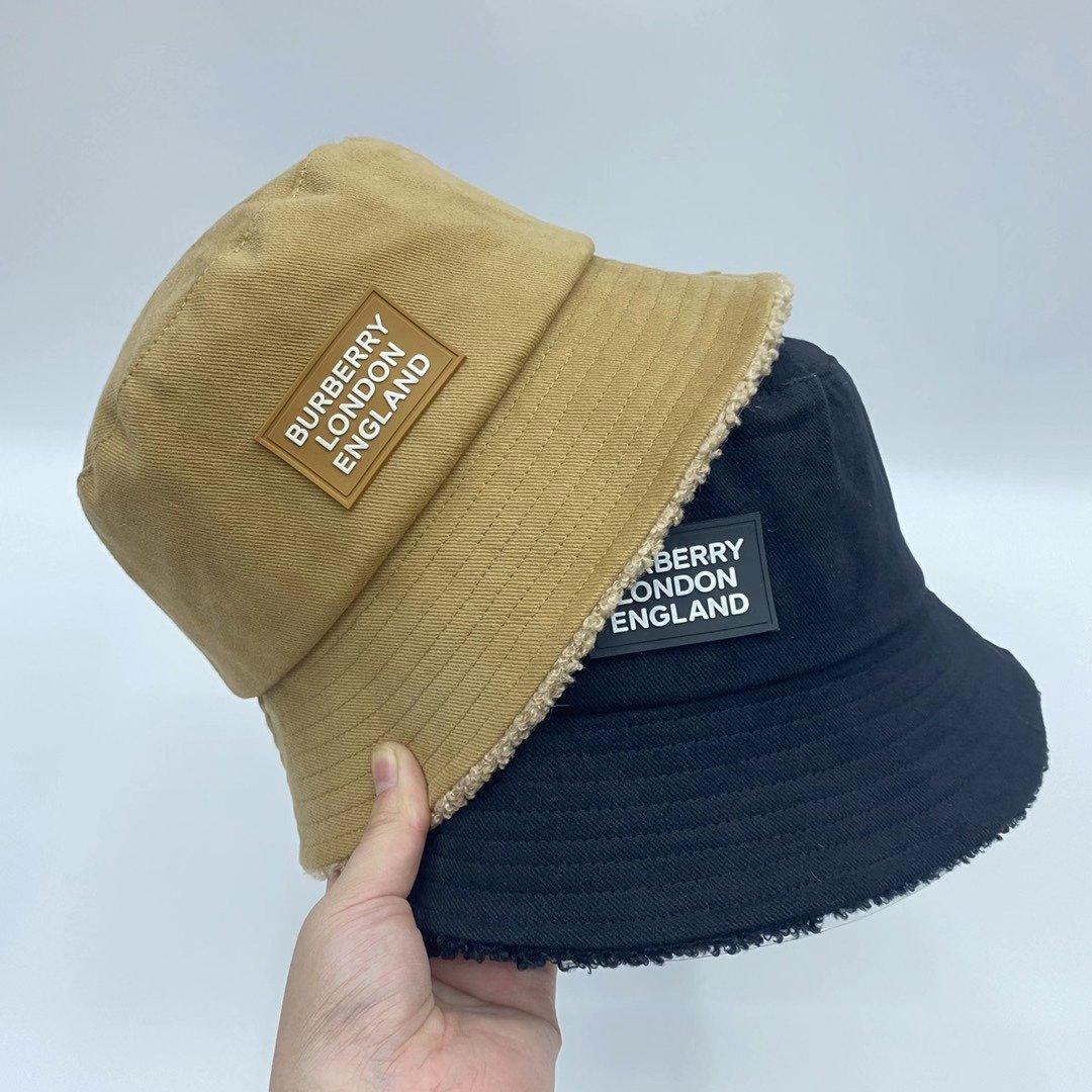 特巴宝莉2020新款羊羔毛内里渔夫帽