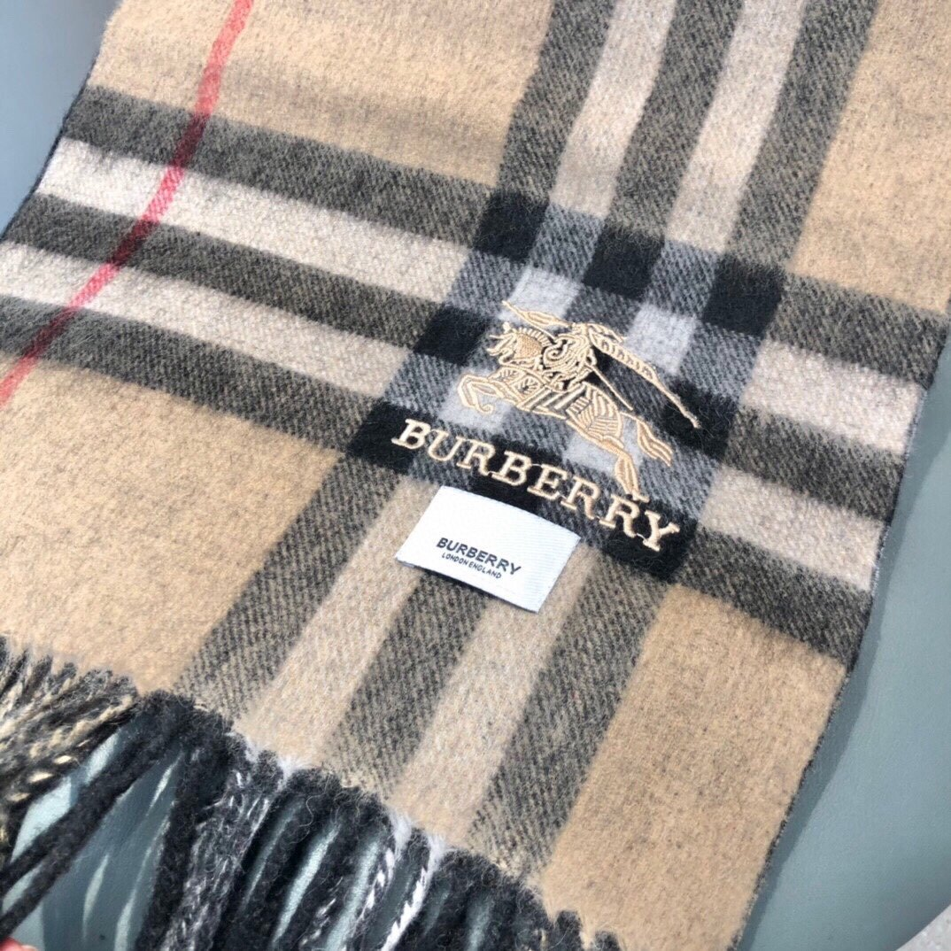 巴宝利双面羊绒同款围巾且买且珍惜羊绒