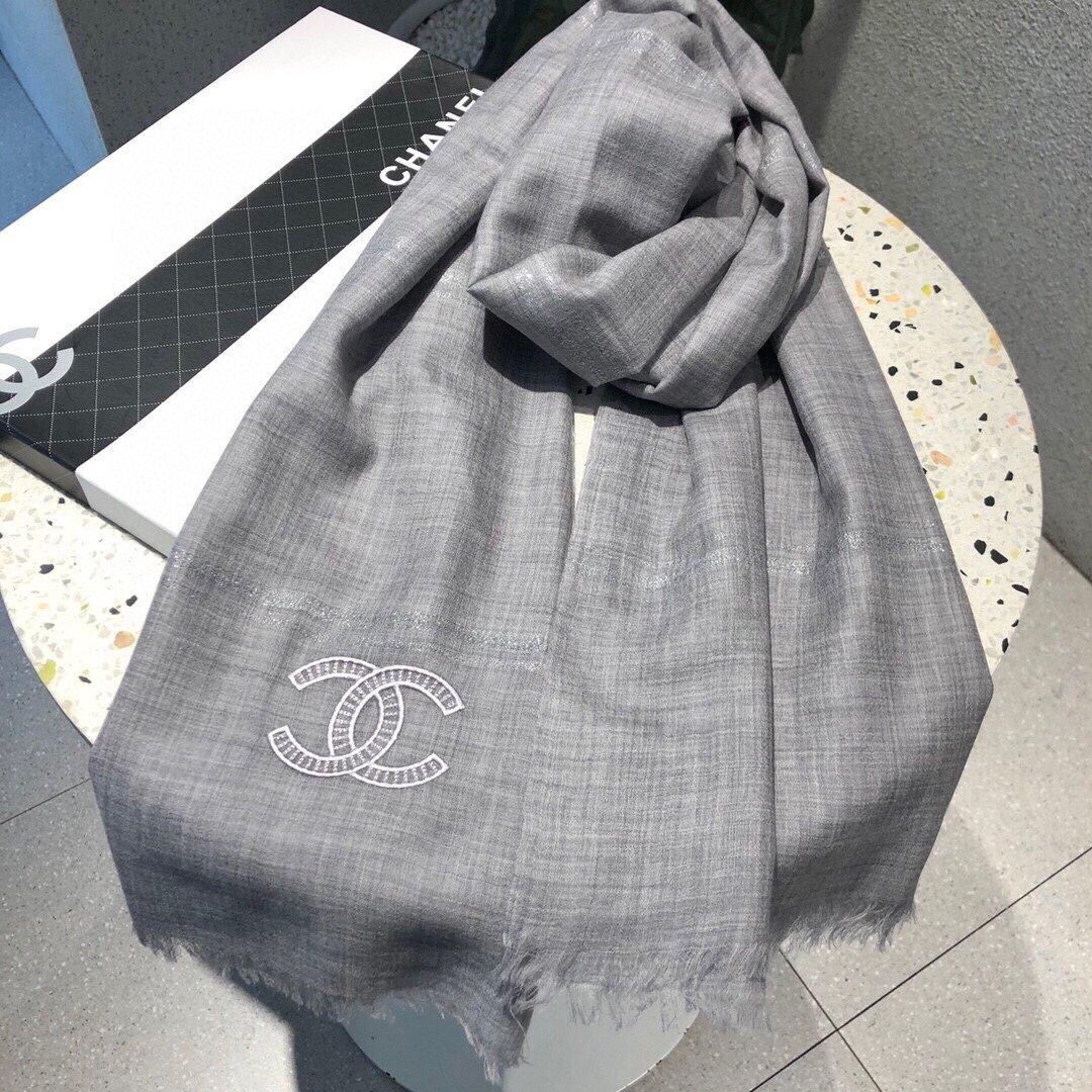 香奈儿最新羊围巾这款得值收藏面客料供