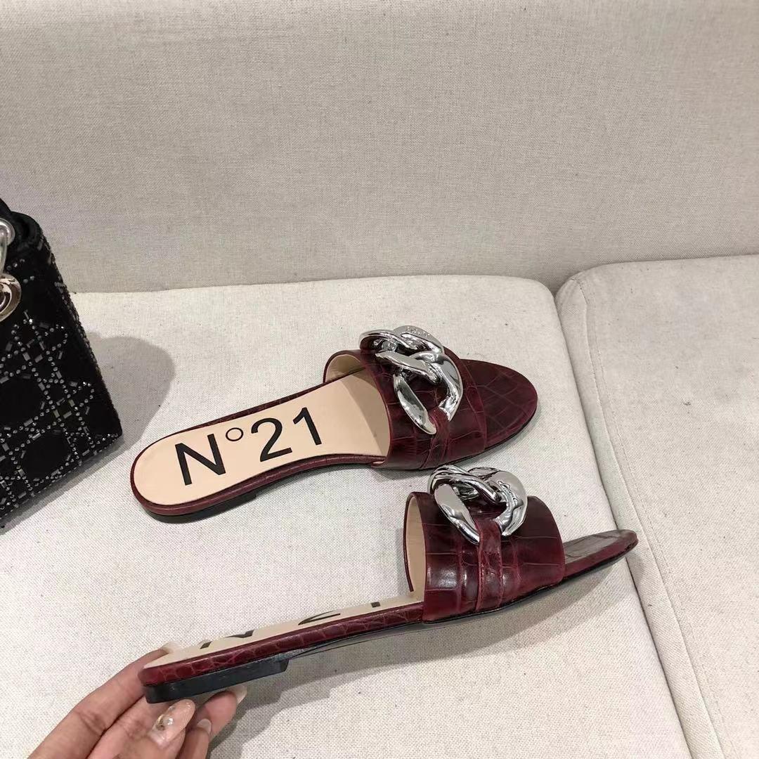 N212021春小众的一个意大利品牌