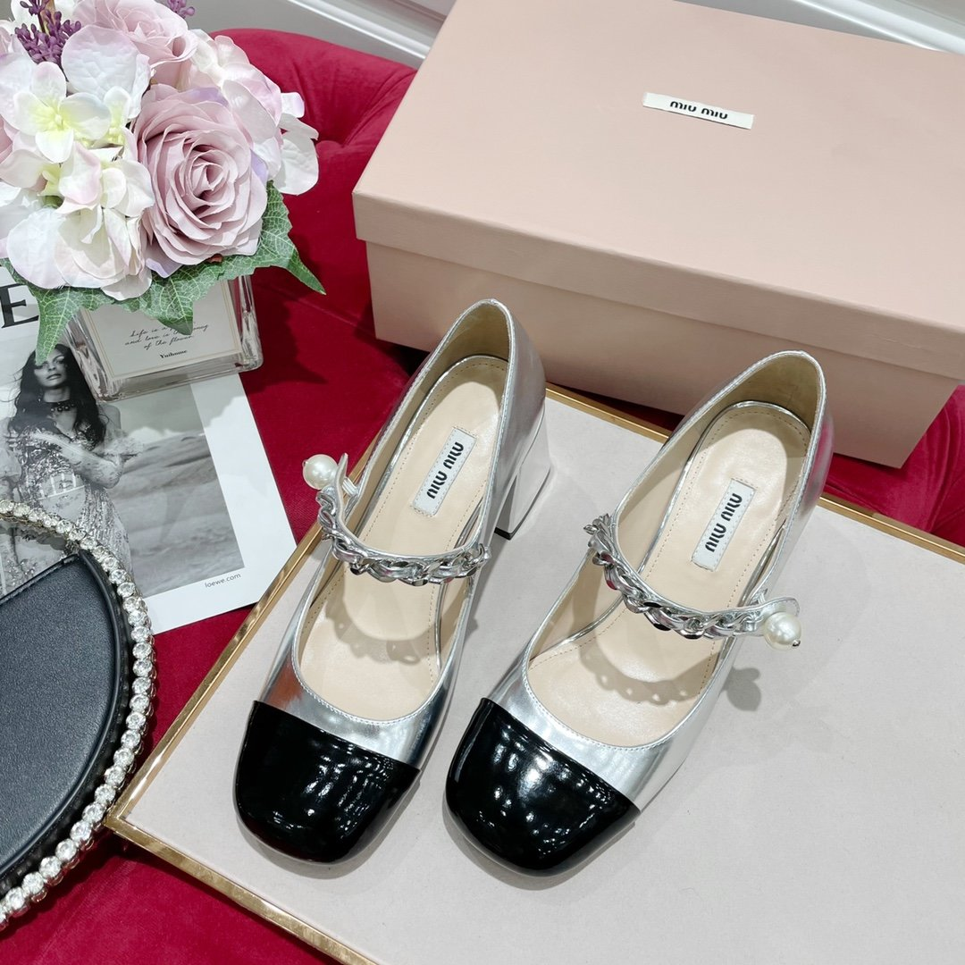 miumi2021走秀限量款玛丽珍公主鞋