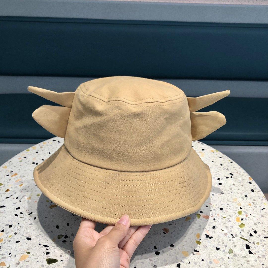 CHANEL香奈儿2021牛角渔夫帽