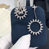 Apm monaco 高品质❗️Apmmonaco短款银色齿轮⚙️耳环!巴洛克风齿轮造型耳环,多个齿轮圈的设计,又有点像太阳🌞,美到...