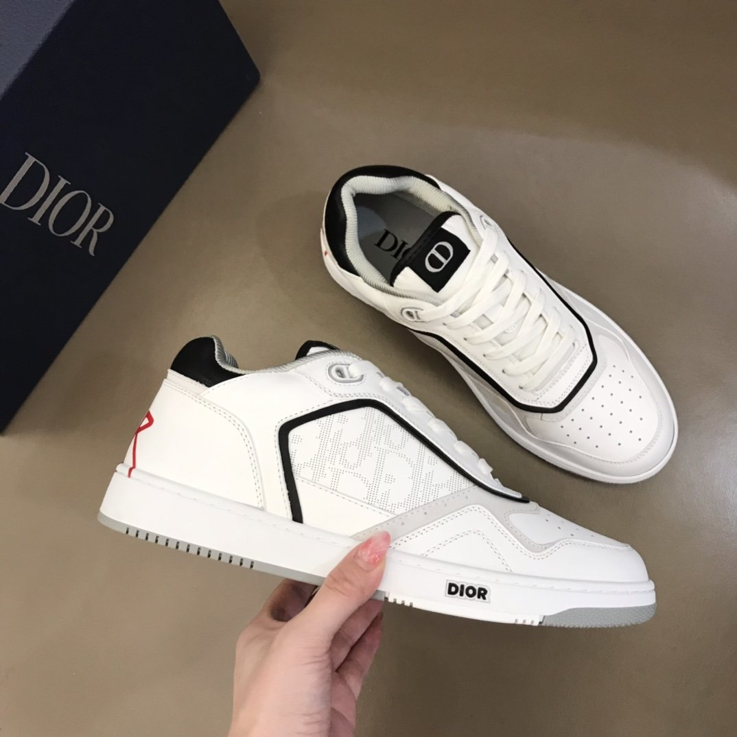 Dior情侣低帮B27休闲运动鞋这款