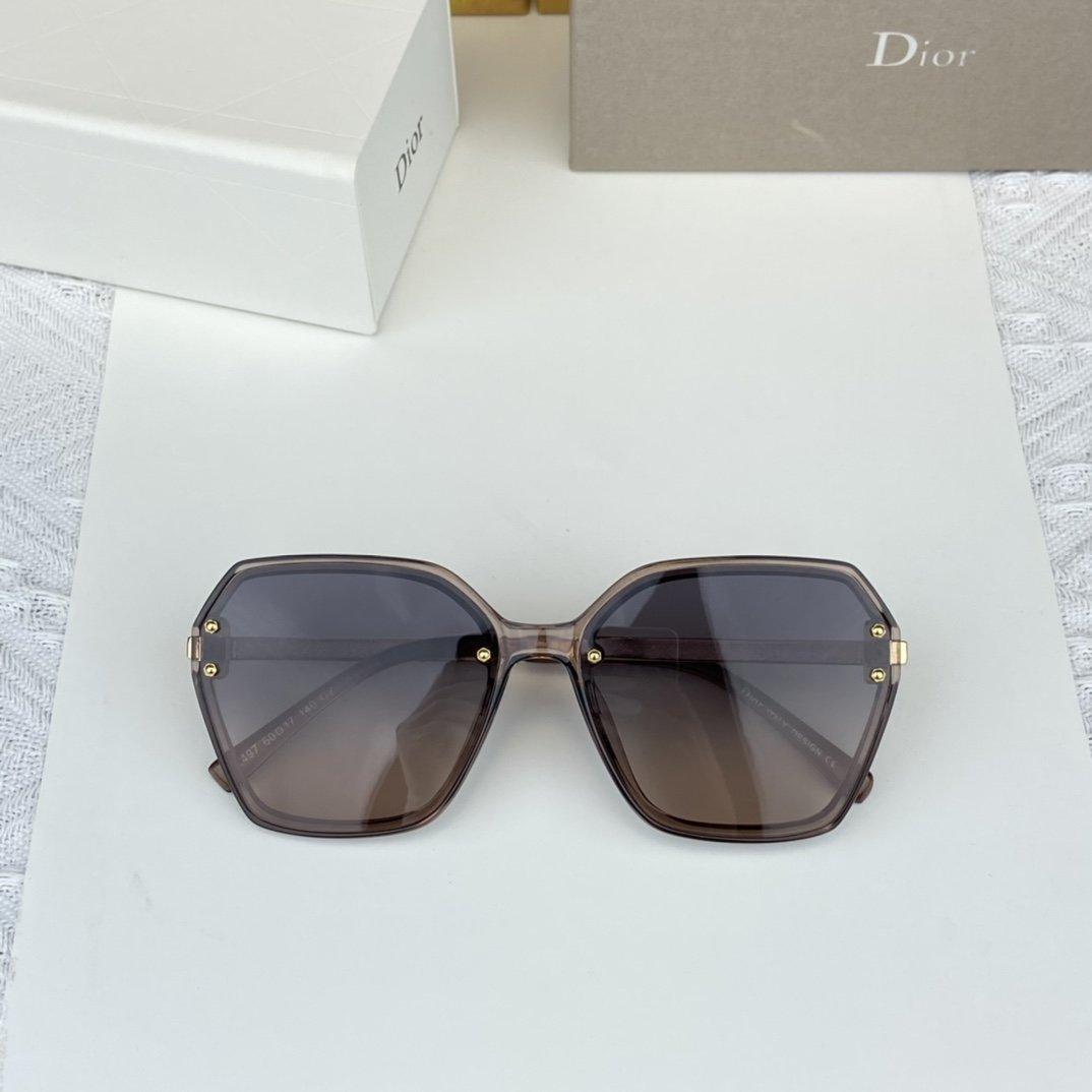 Dior迪奥D家女款偏光墨镜高清宝丽