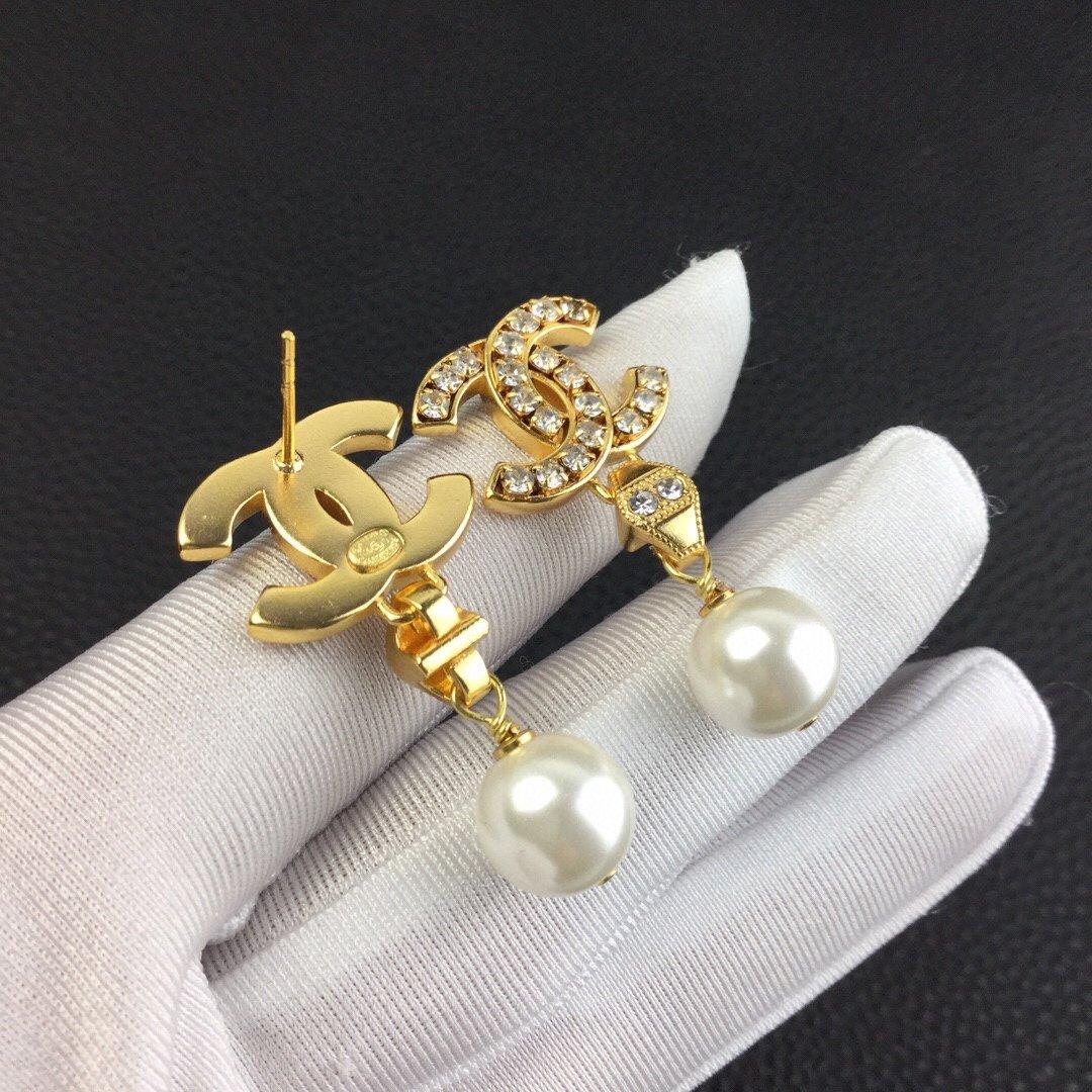 小香新款双C吊珍珠耳环每一个细节做工