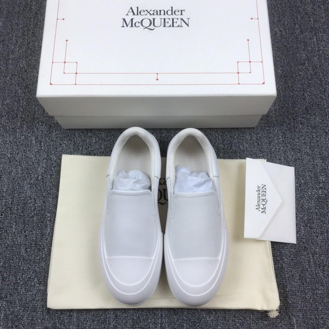 全白一脚蹬MCQ小白鞋
