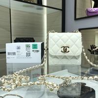 Chanel/香奈儿新款零钱包单肩斜挎菱格纹金属牌旋转搭扣80983小羊皮手感舒适。尺寸11*11*5。A81...