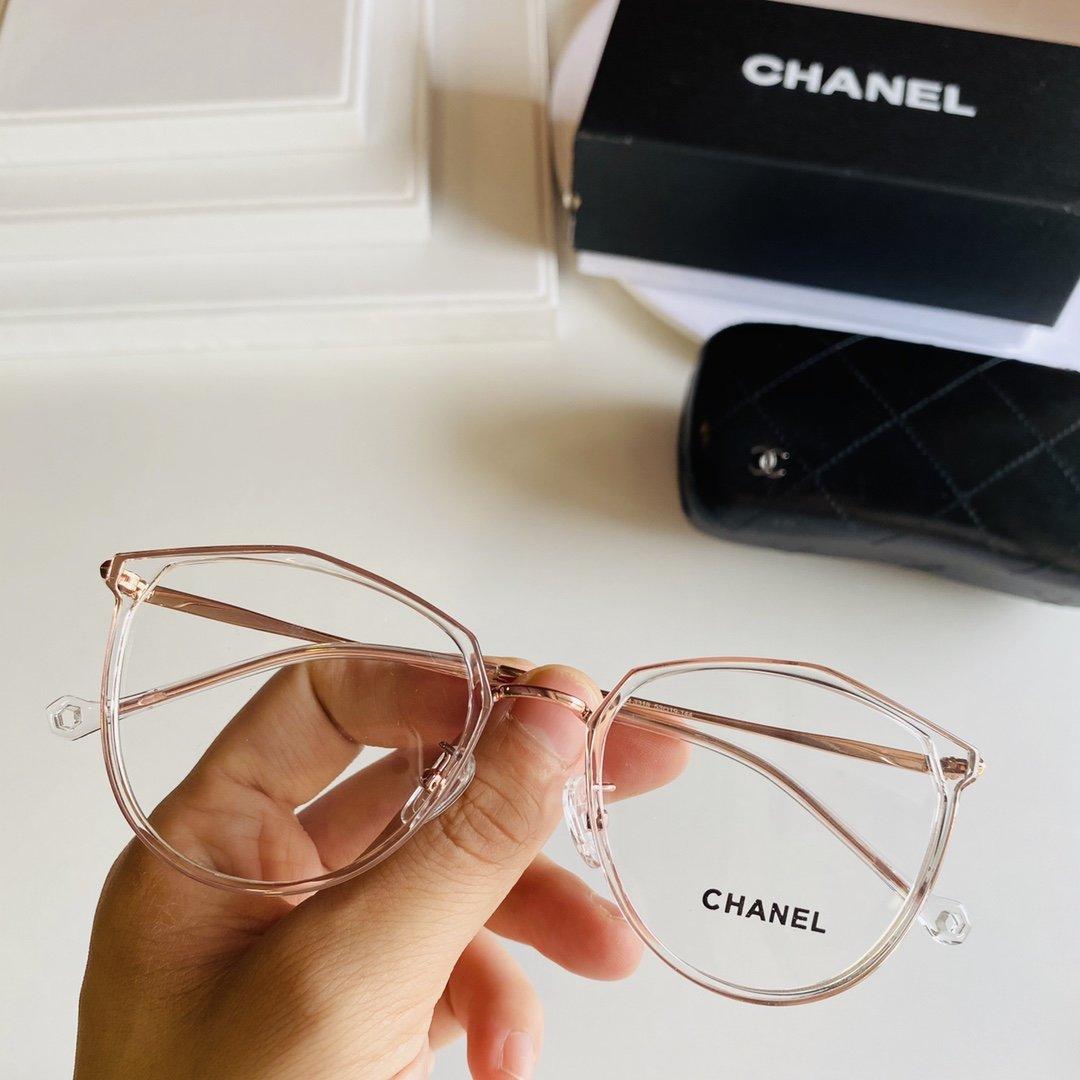 Chanel*超轻透明系镜框减龄可爱