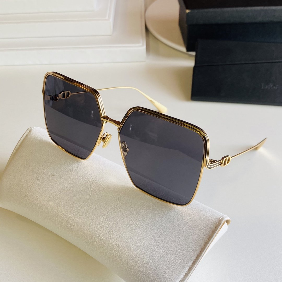 Dior迪奥春夏新款墨镜超美stel