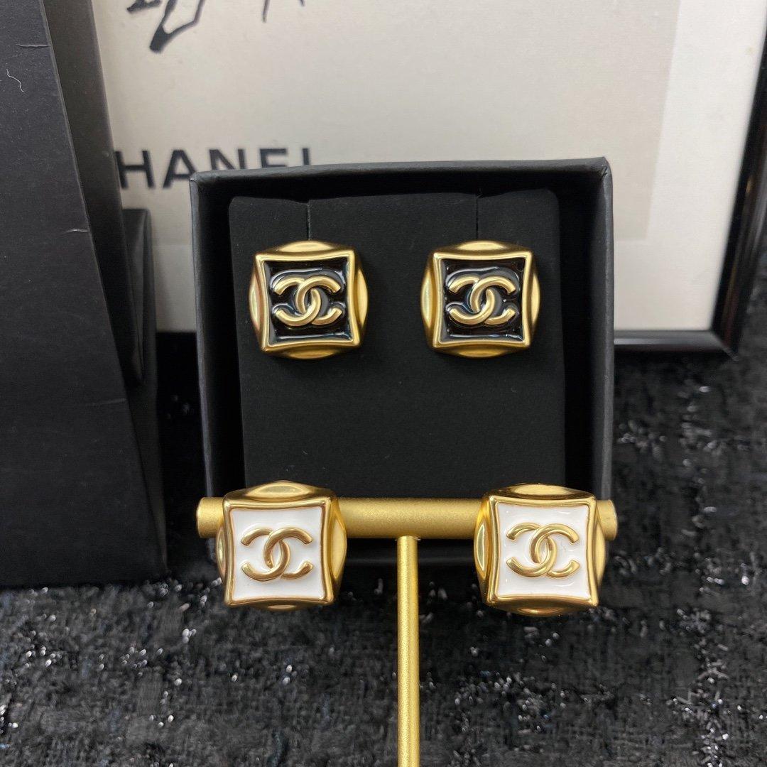 今日新款编码E1351耳钉经典热销款