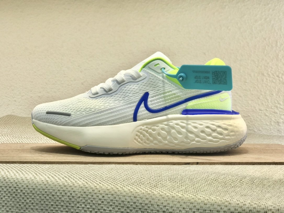 Nike  ZoomX  invincible  Run  Flyknit  白蓝黄