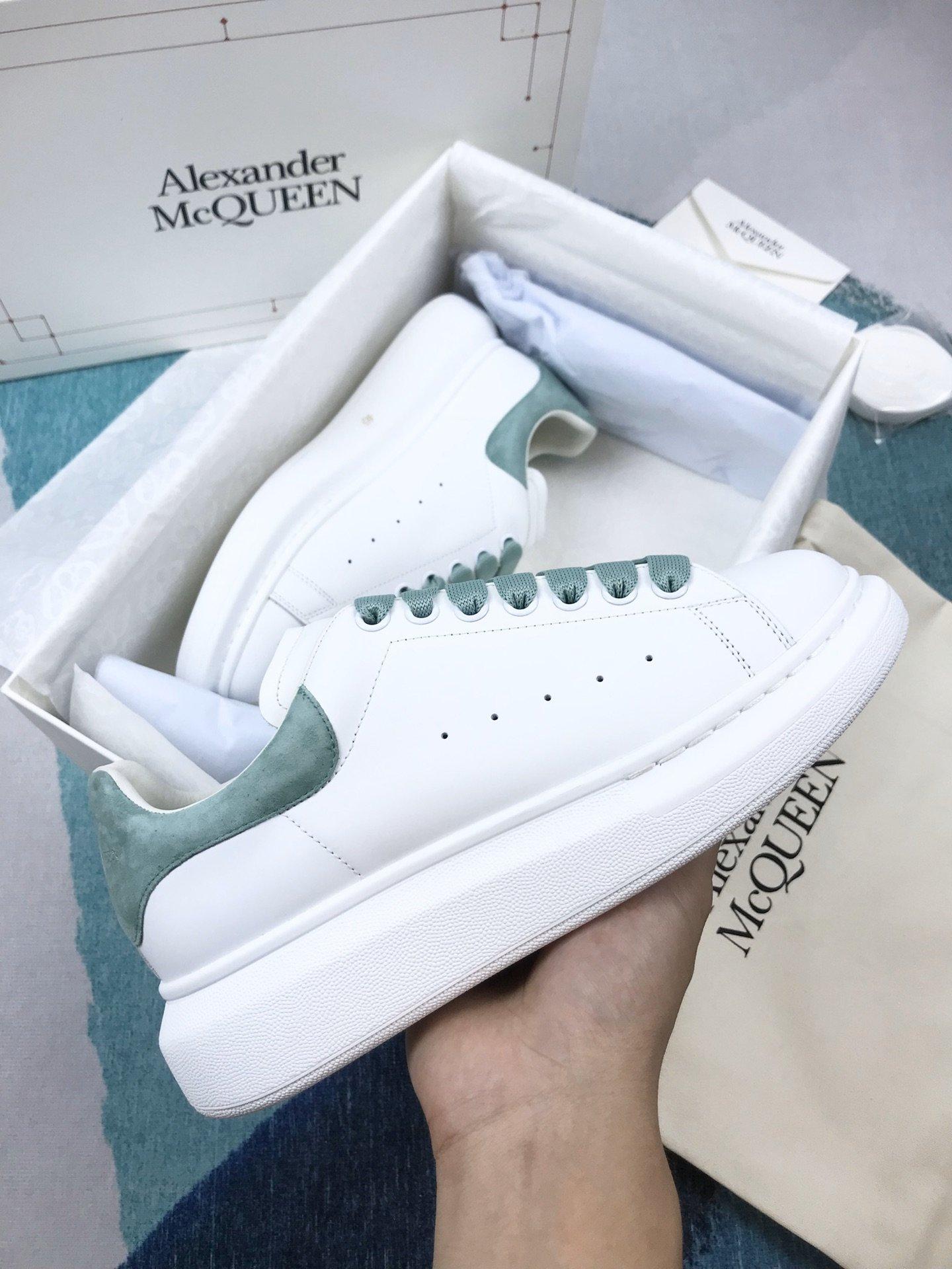 薄荷绿羊猄尾MCQ小白鞋