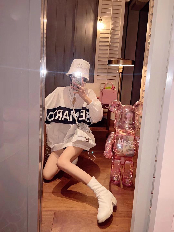 13D小熊装饰防晒衣白色粉色均码防晒