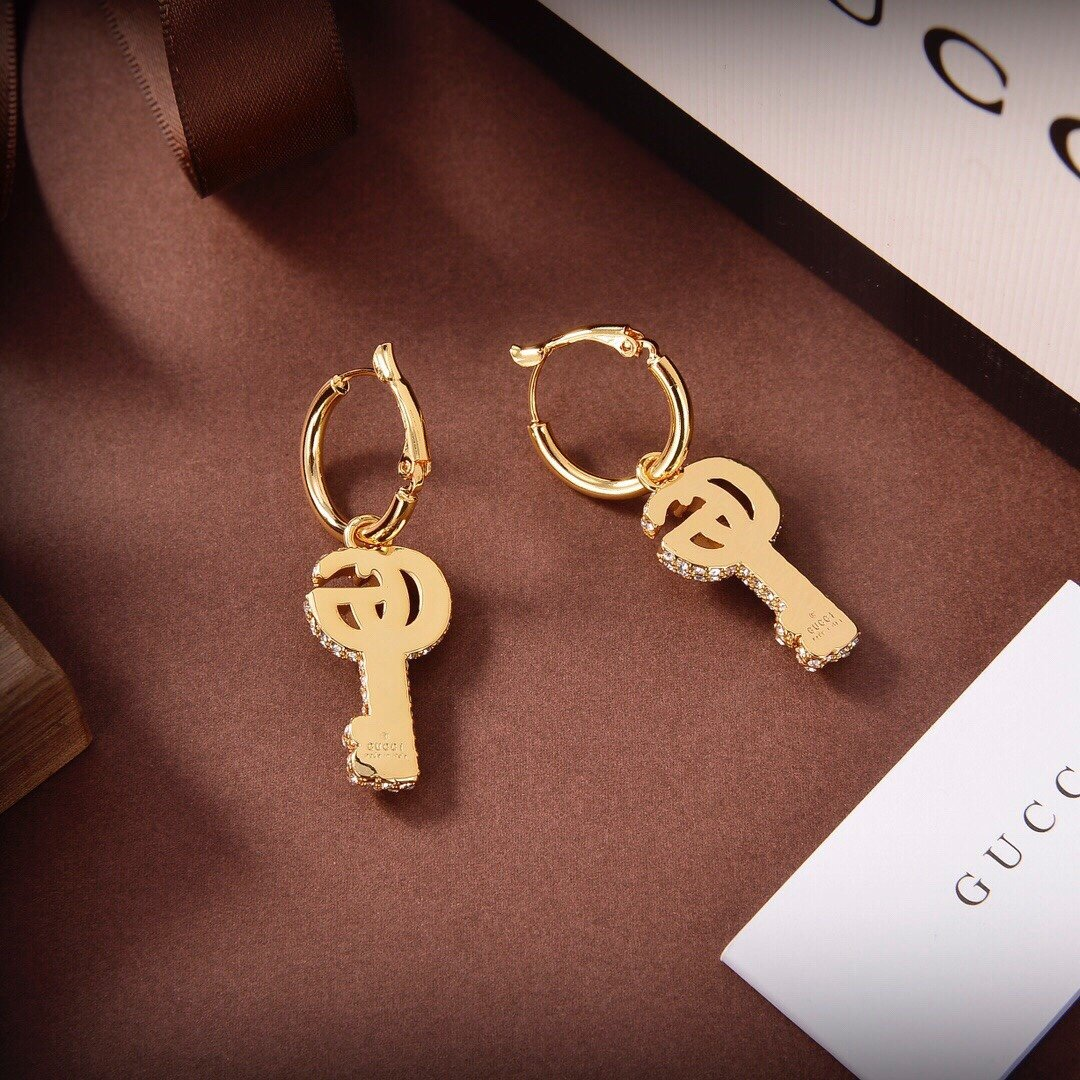 古奇钥匙Gucci耳环时髦配饰款式好