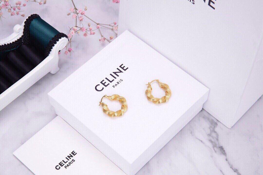 Celine新款艺术感十足麻花耳钉耳