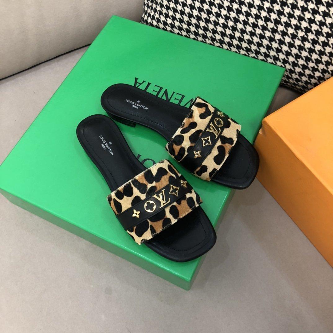 LV Louis Vuitton 2021新款拖鞋