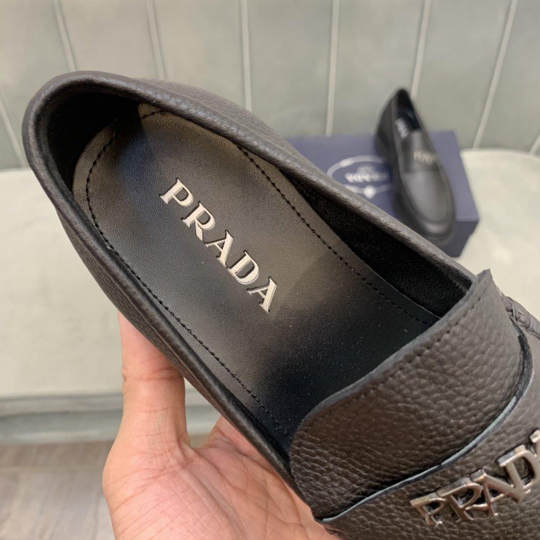 高端品质商品商标:Prada*普拉*
