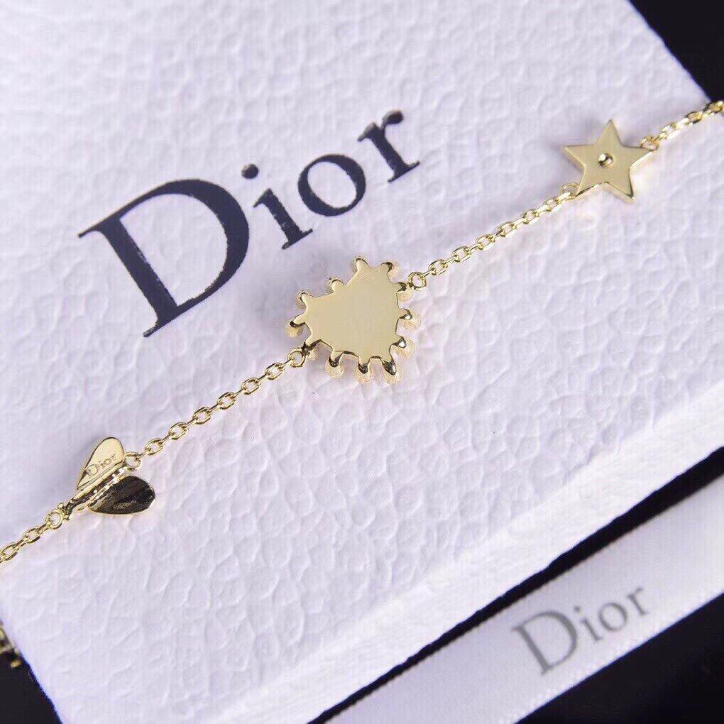 Dior迪奥CD新款黑白桃心蜜蜂珍珠