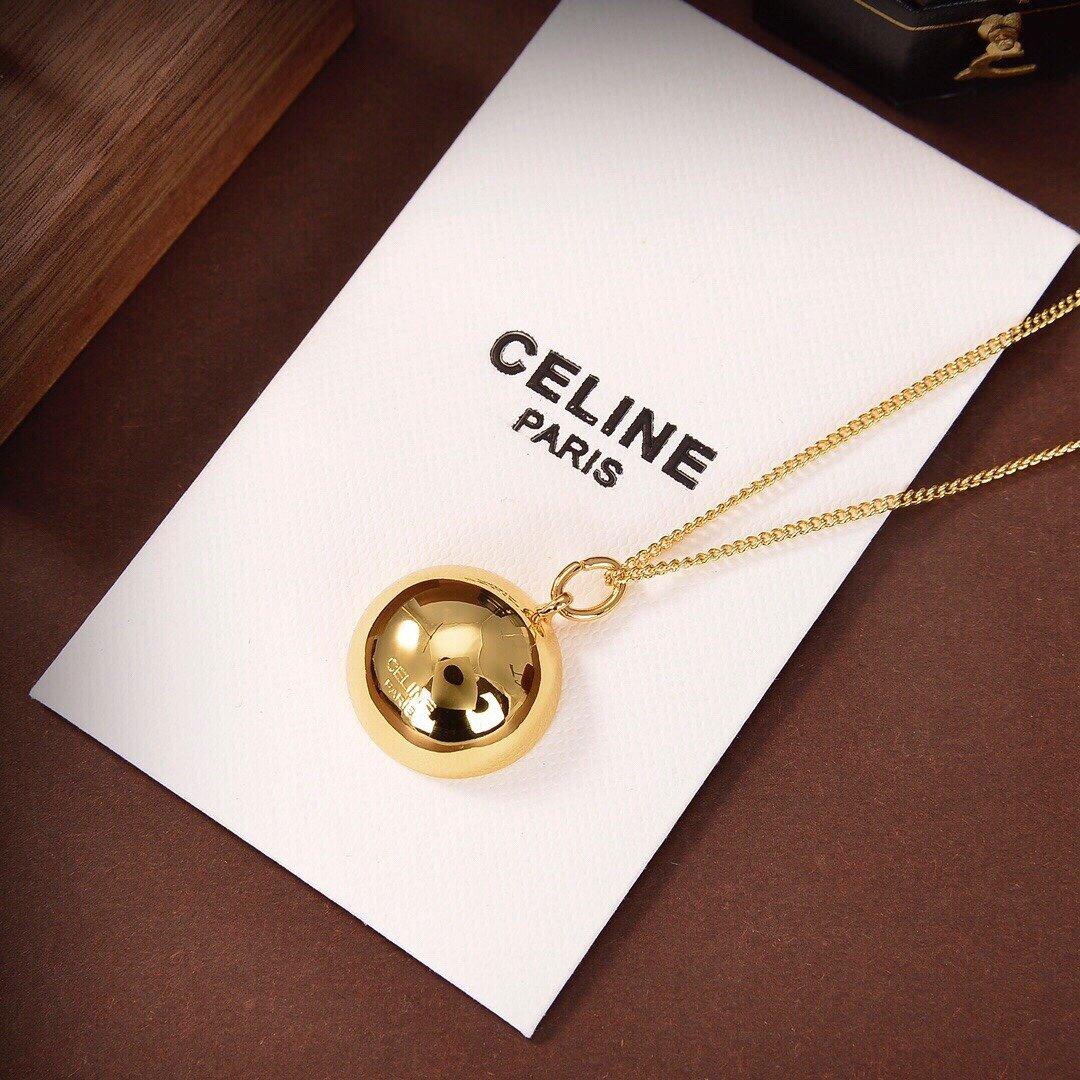 Celine新款半圆项链与众不同的设