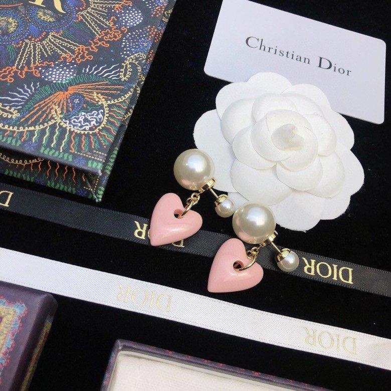 Dior迪奥桃心耳环专柜新款上市美得