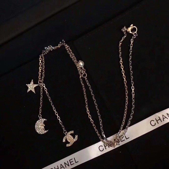 Chanel小香新款星星月亮新单品流