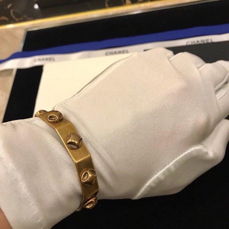 Celine新款手镯真实细节呈现官网