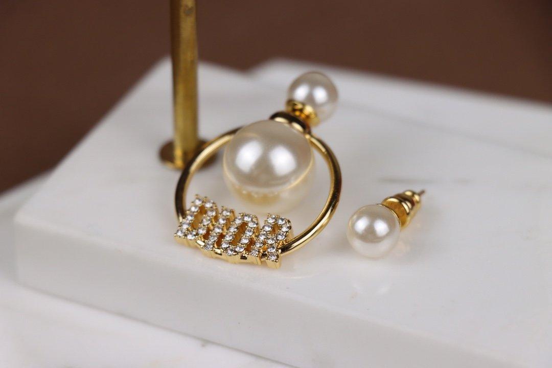 Dior迪奥不对称耳环原版一致黄铜材