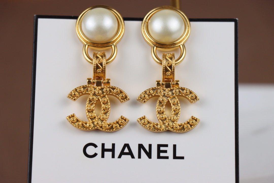 Chanel香奈儿小香珍珠中古耳环热