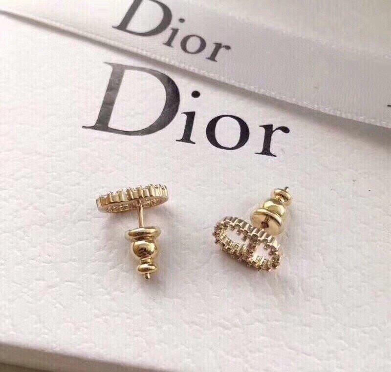 Dior迪奥字母小CD水钻耳钉黄铜施