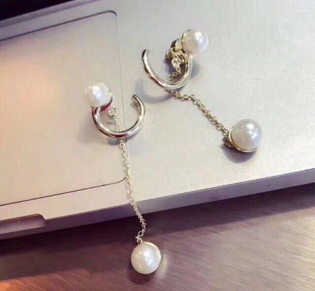 爆款来袭Dior迪奥流苏珍珠耳钉代购
